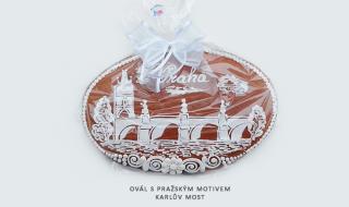 Ovál s Pražským motivem - Karlův Most